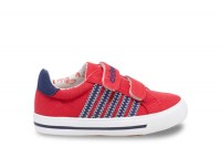 304715-canvas-red